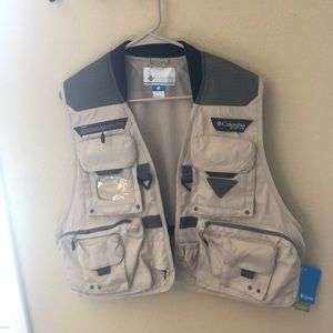 NEW WITH TAGS Men's Fly Fishing Vest